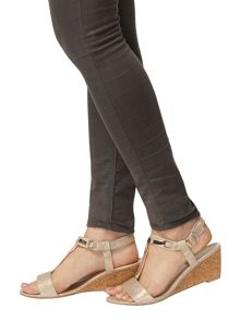 Dorothy Perkins Ventra` T-Bar Wedges