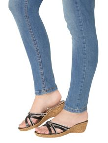 Dorothy Perkins Victory` Jewelled Wedges
