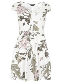 Dorothy Perkins Floral Sweetheart Dress