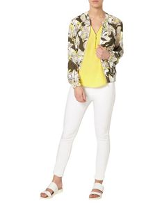 Dorothy Perkins Petite Floral Bomber