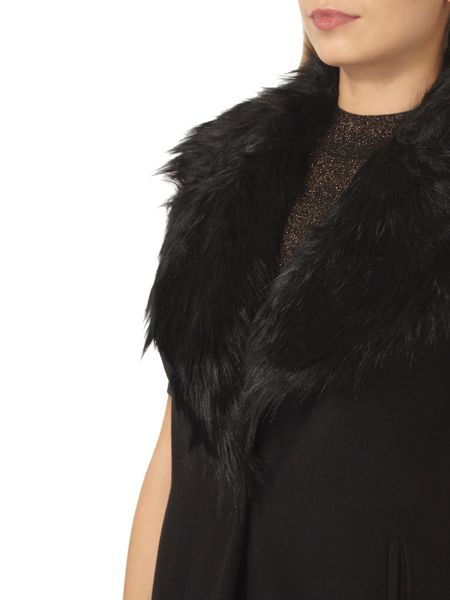 Dorothy Perkins Fur Collar Sleeveless Coat