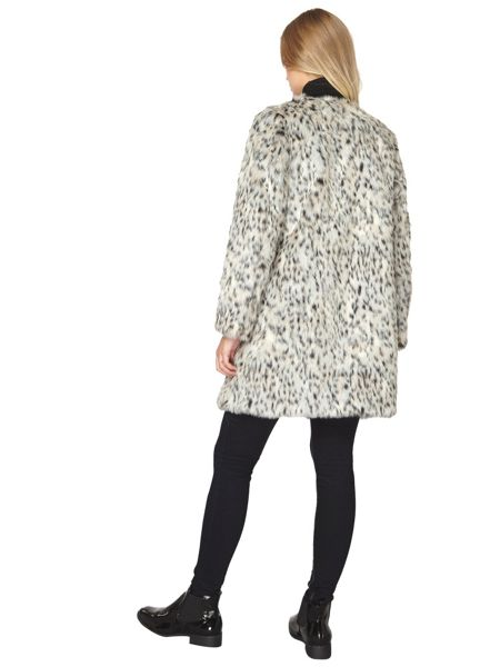 Dorothy Perkins Animal Collarless Fur Coat