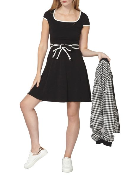 Dorothy Perkins Tipped Cap Dress