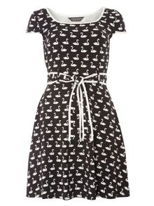 Dorothy Perkins Swan Cap Tipped Dress