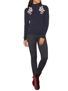 Dorothy Perkins Embroidered Front Jumper