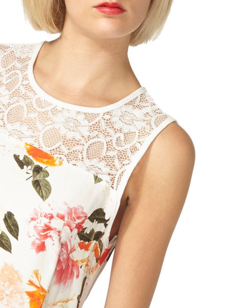 Dorothy Perkins Billie and Blossom Floral Lace Blouse