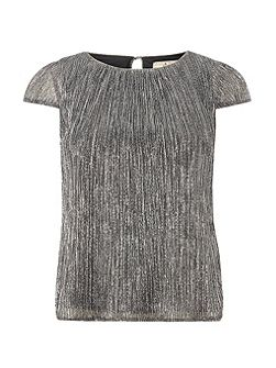 Billie and Blossom Petite Plisse Top