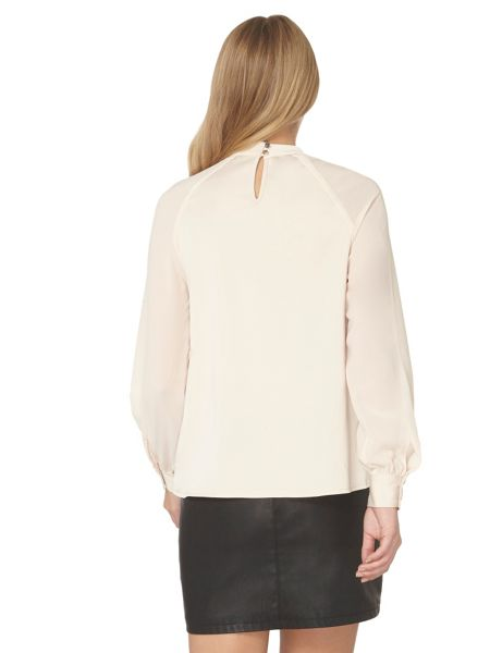 Dorothy Perkins Cut Out Long Sleeve Top