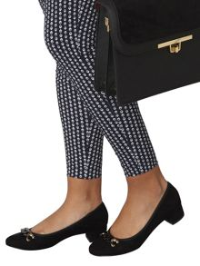 Dorothy Perkins Dexter` Chain Courts
