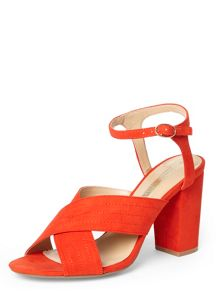 Dorothy Perkins Spring` Cross Over Sandal