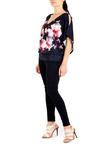 Wallis Black Floral Blouson Top