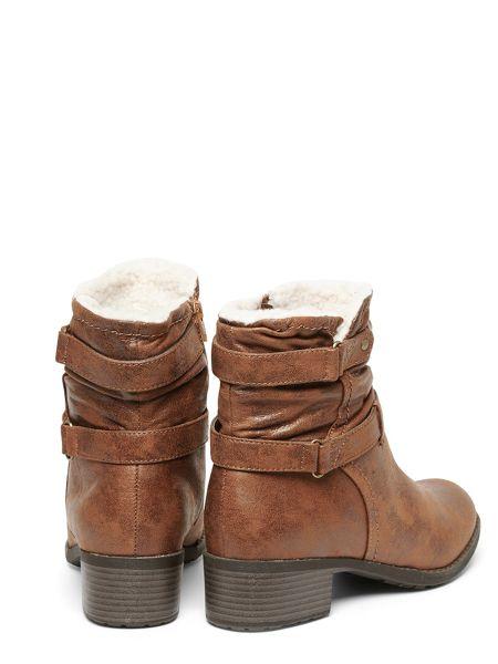 Evans Extra Wide Fit Brown Fur Collar Boot