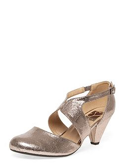 Extra Wide Fit Metallic Cut Out Heel