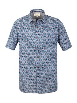 Sacks tile print short sleeved shirt