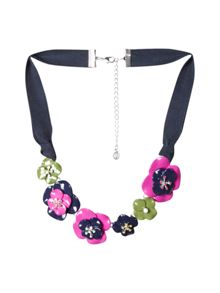 White Stuff Frieda Flower Necklace