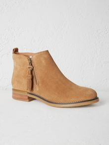 White Stuff Hoxton Zip Ankle Boot