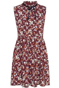 Glamorous Floral Sleeveless Dress