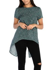 Alice & You Short Sleeve Printed Split Back Top