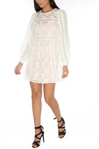 Glamorous Lace Long Sleeved Dress