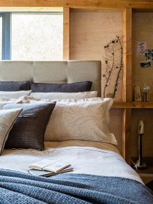 Christy Textured Paisley bed linen range