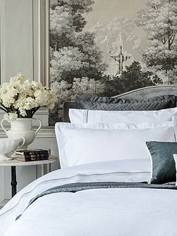 Avignon oxford pillowcase pair