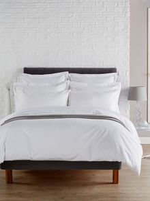 Christy Dakota standard pillowcase pair