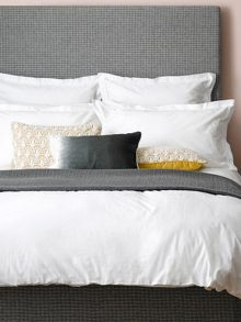 Christy Lilian oxford square pillowcase