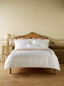 Christy Sloane oxford pillowcase pair