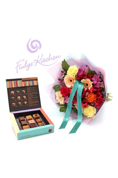 Floric Fudge kitchen bouquet