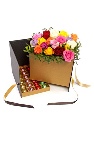 Floric Luxury Chocolate Hamper With Fresh Flowers