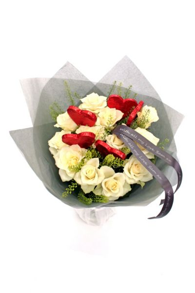 Floric Rose & chocolate lollipop bouquet