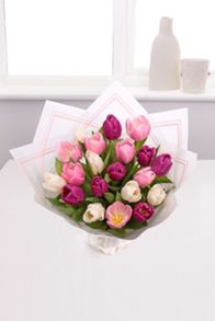 Floric Mother`s day tulips