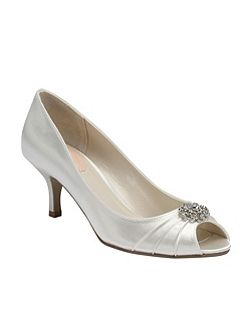 Zest pleated peep toe shoes