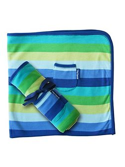 Boy`s organic cotton blue blanket