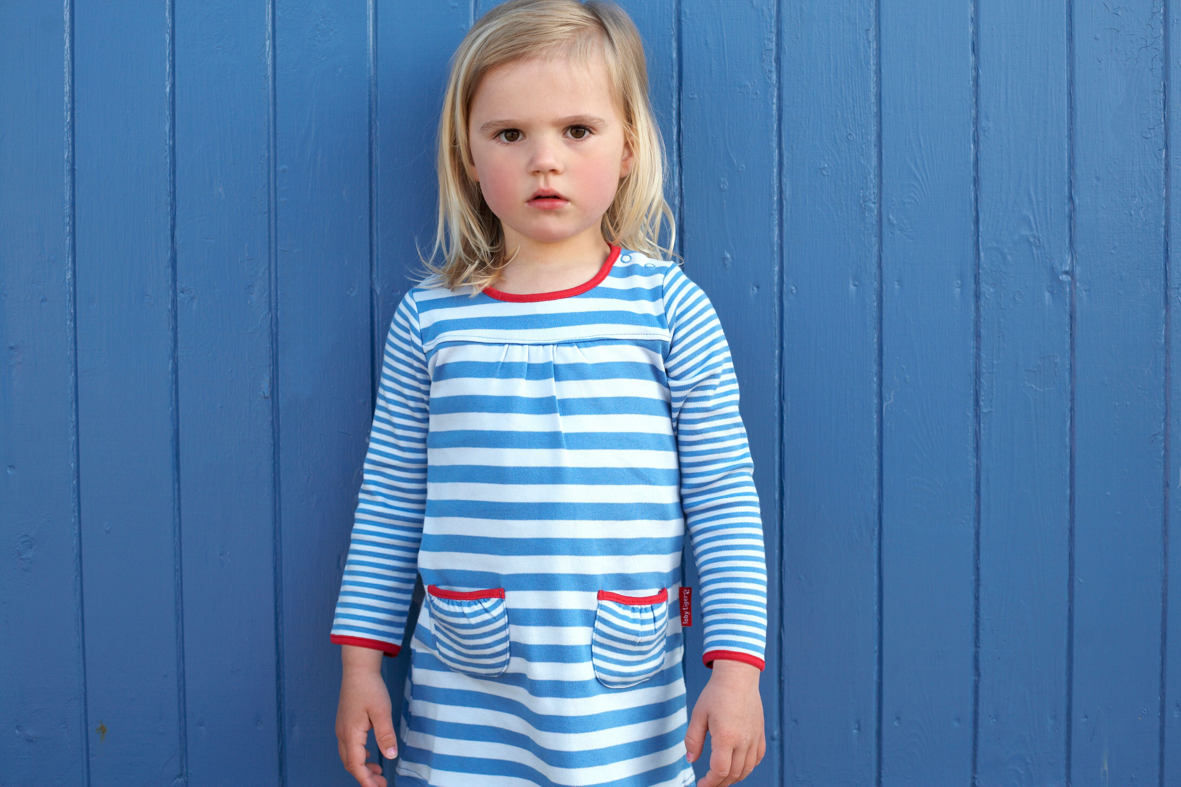 Girl`s organic cotton blue t-shirt dress