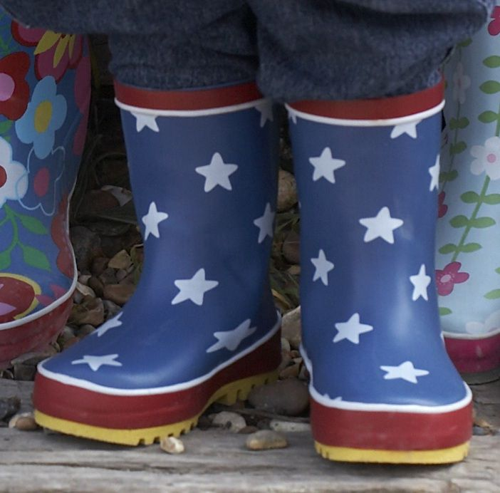 Boy`s natural rubber boots