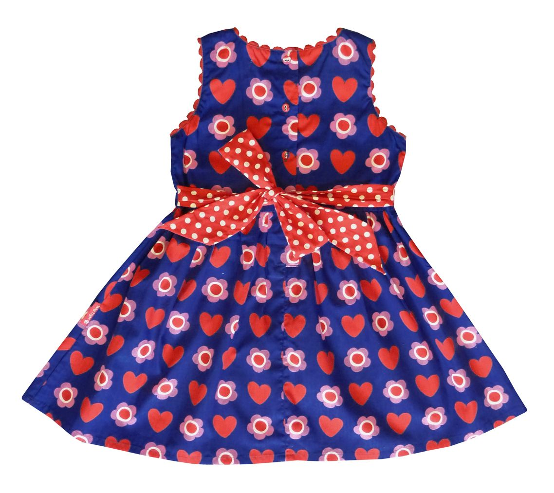 Girl`s party dress in heart flower