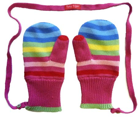 Girl`s knitted bold mittens