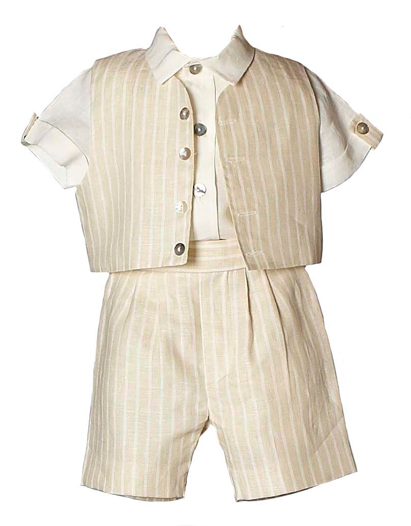 Boy`s Benjamin shirt, shorts and cap