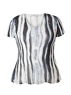 Plus Size Ivory/Ink Shadow Stripe Top