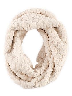 Ivory Diamond Soft Faux Fur Snood