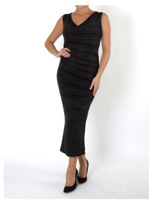 Black Sleeveless Crush Pleat Dress