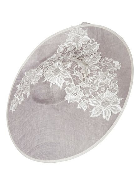 Chesca Grand Lace Hatinator
