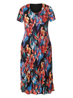 Plus Size Abstract Leaf Print Crush Pleat Dress