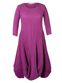 Plus Size Crush Pleat Matt Crepe Drape Hem