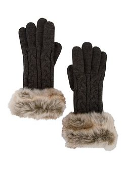 Cable Knit Glove with Fur Trim