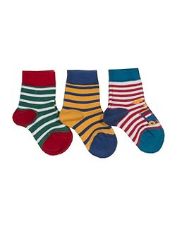 3 pack of boys socks
