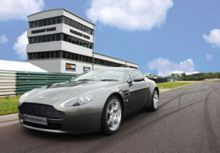 Supercar Driving Thrill at Top UK Race Circuit