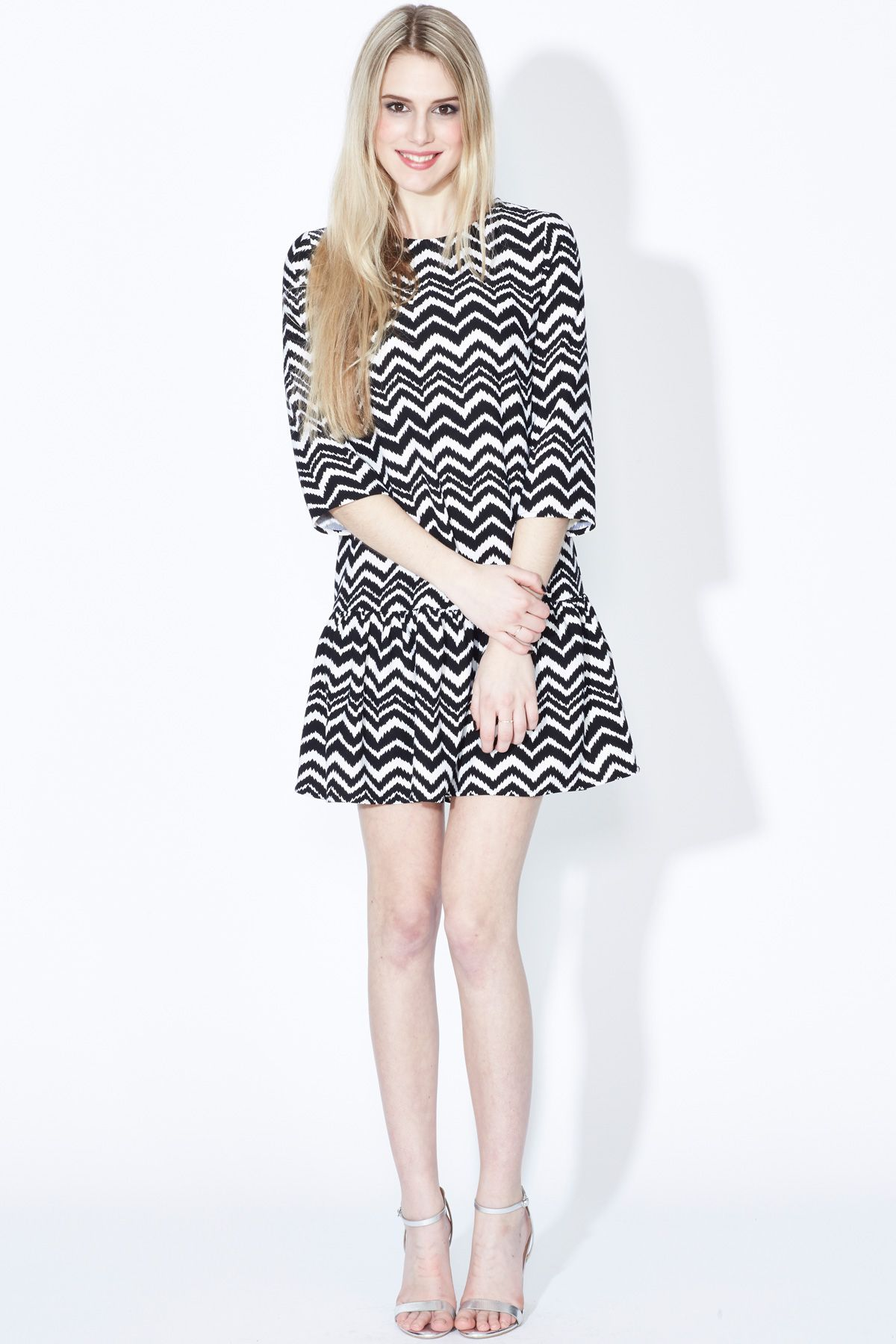 Zigzag drop hem dress