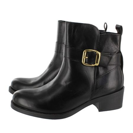 Marta Jonsson Ankle boot with a zip